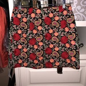 LF One Way Floral Skirt